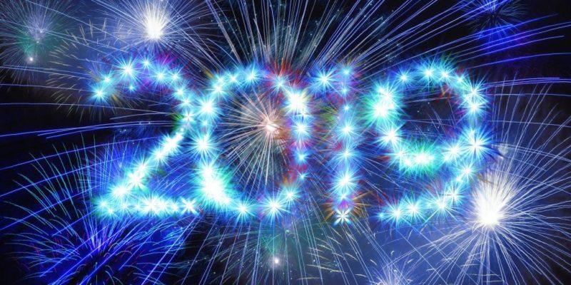 fireworks-3653379_1920-1024x683