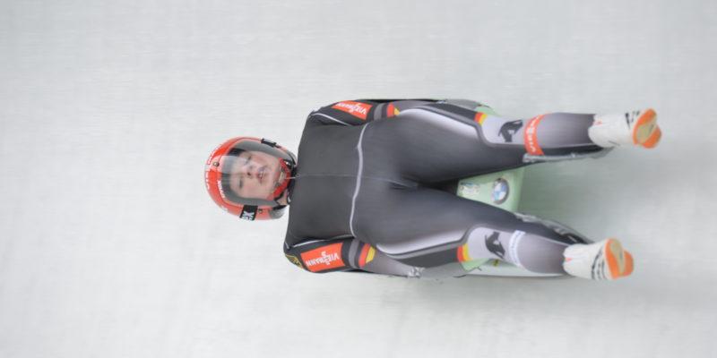Jessica Tiebel vom Rennrodelclub RRC Altenberg am Dienstag unterwegs in Bobbahn Altenberg bei Training für Junioren Weltmeisterschaft  Foto: Egbert Kamprath